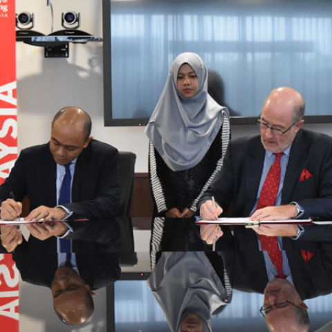 University of Reading Malaysia establishes partnership with IBFIM – a leading Islamic Finance talent development institute